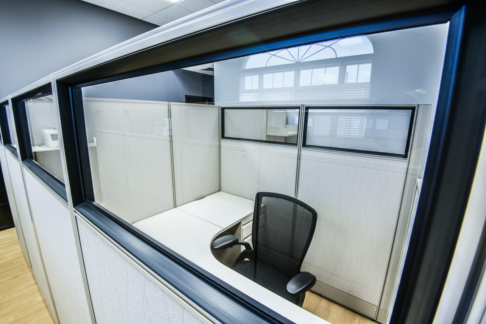 Furnished cubicles