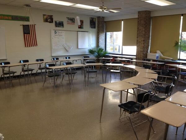 Modular Seating Arrangement Classroom ~ How to choose the right seating arrangements for your next